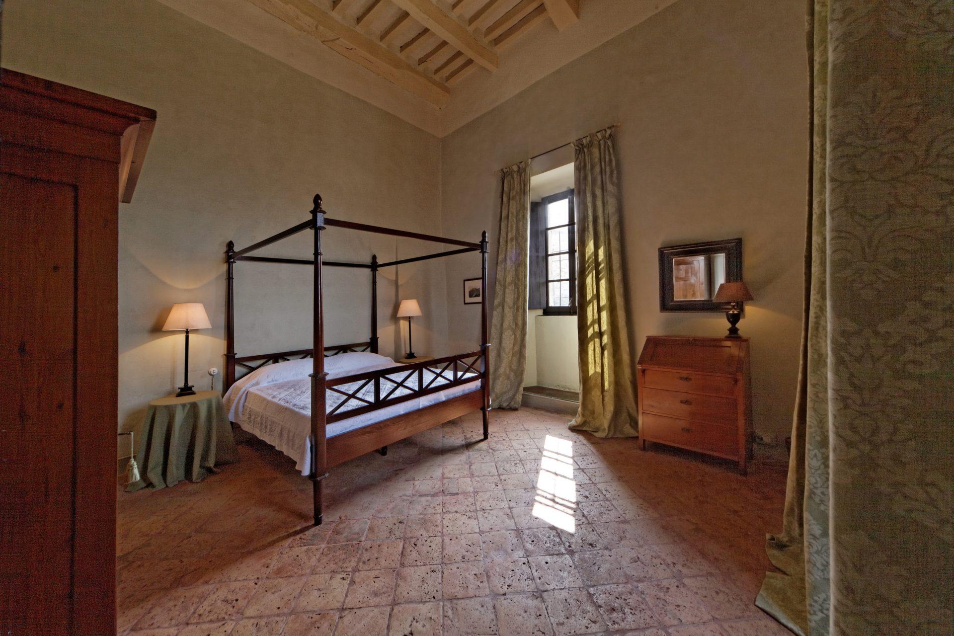 foto Castello di Scipione dei Marchesi Pallavicino